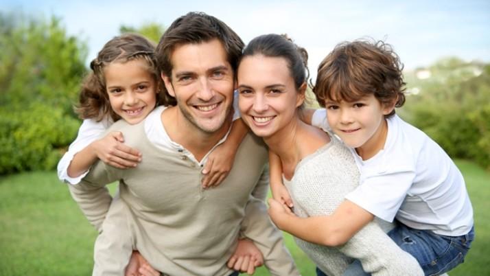 Νιώθετε ενοχές απέναντι στα παιδιά σας; 7 τρόποι να τις αντιμετωπίσετε τον καινούριο χρόνο