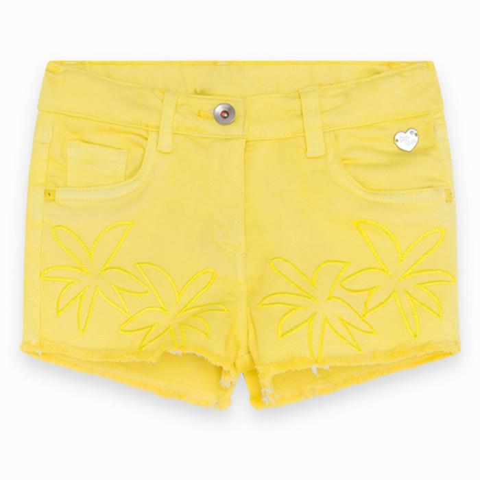 yellow-pockets-denim-shorts-for-girl-sunset-beach1